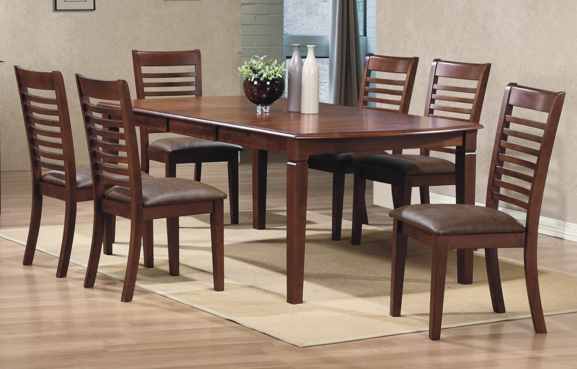 Emerson Table and Chairs