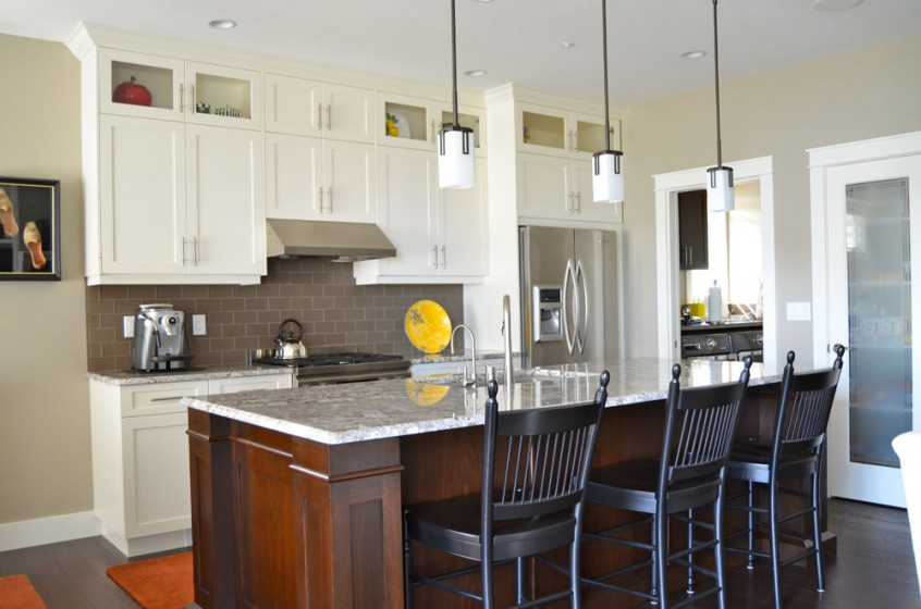 Kitchen cabinets kekuli bay cabinetry regina kelowna for Kitchen cabinets kelowna